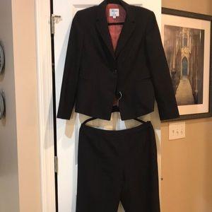 Suit- business pant suit. Black with brown